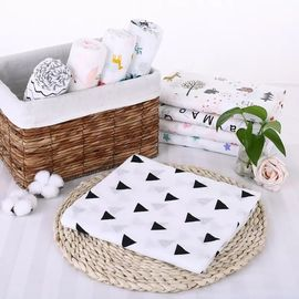 China Durable Cute Muslin Swaddle Blankets Safe Healthy 120*120 Cm For Picnic / Travel factory
